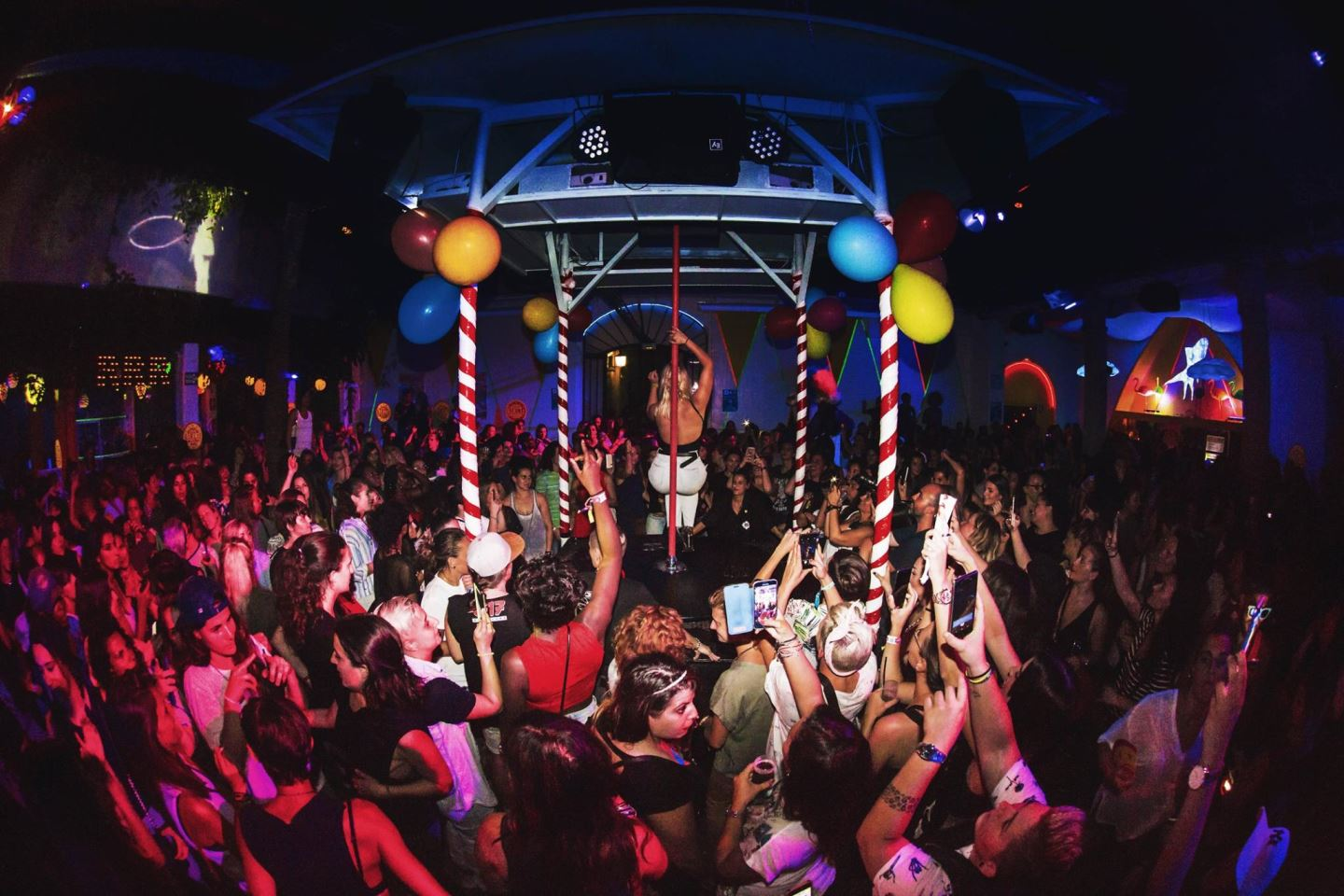Girlie Circuit Event Lesbian Party Barcelona Group Matinee